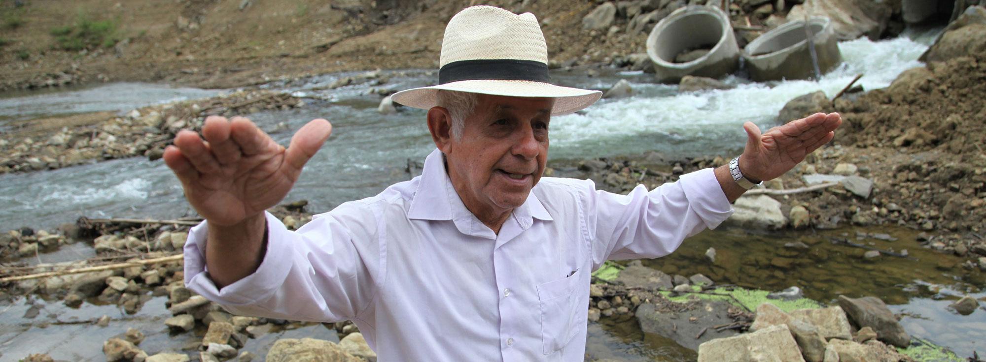 Alfredo Zambrano perdió el complejo ecoturístico que tenía en el sector de El Jobo, en la provincia de Manabí. Foto: Juan Carlos Pérez / EL COMERCIO