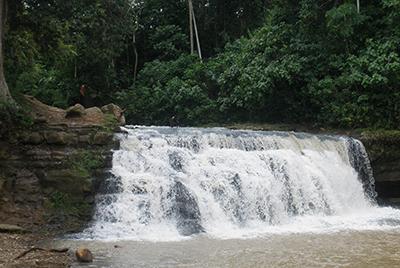 Entre turismo y pesca