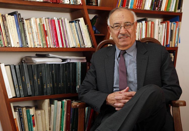 Psicoanalista, psicoterapeuta e investigador sociocultural