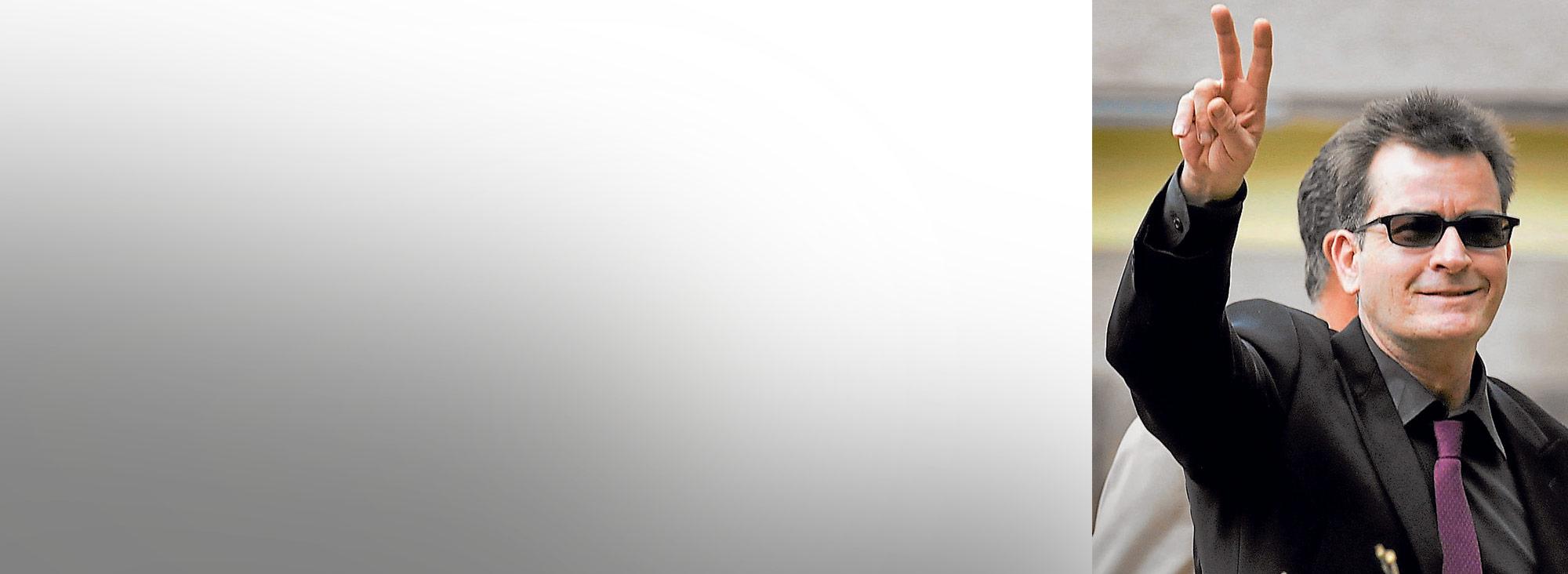 El actor estadounidense Charle Sheen declaró que era portador del virus del VIH